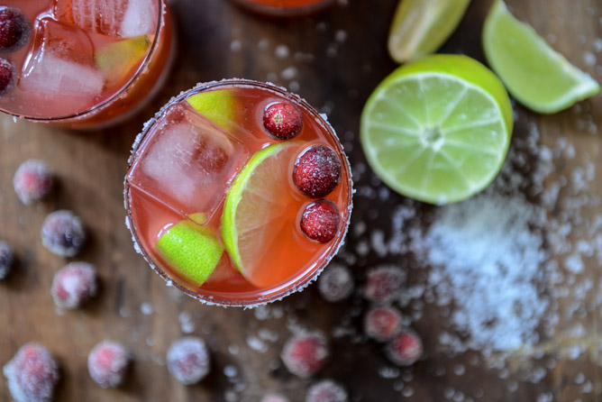 cranberry-ginger-vanilla-margaritas-i-howsweeteats-com-1-2