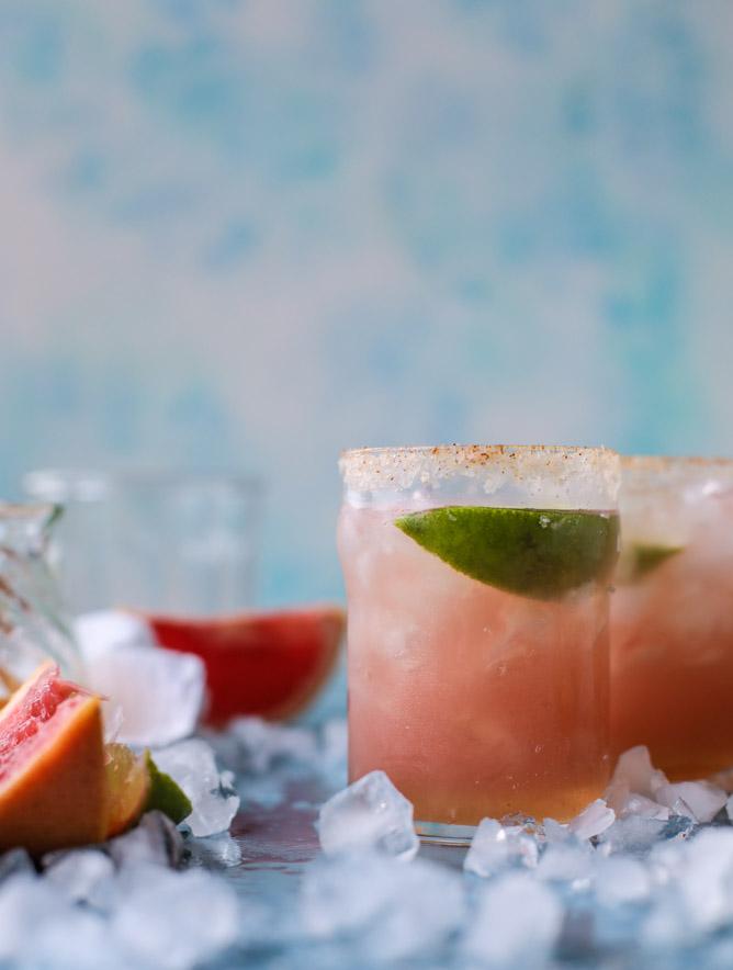 grapefruit-margaritas-i-howsweeteats-com-12